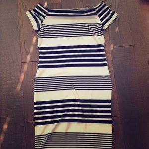 Never worn! Navy+white stretchy body con dress